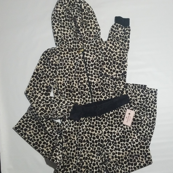 Juicy Couture Other - NWT Juicy Couture Girls Leopard Velour Suit